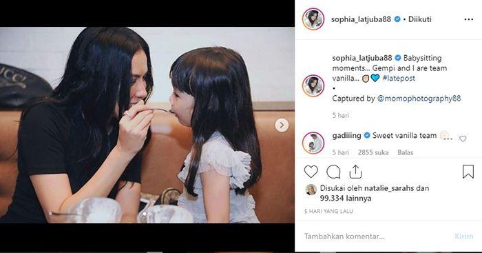 Sophia Latjuba Dipuji Gempita Setelah Suapi eskrim, Tanggapan Gisella Anastasia : 'Yang Penting Ibunya Saya'