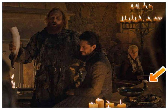 Gelas minuman Kopi di Game of Thrones