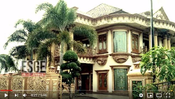 Rumah mewah Muzdalifah