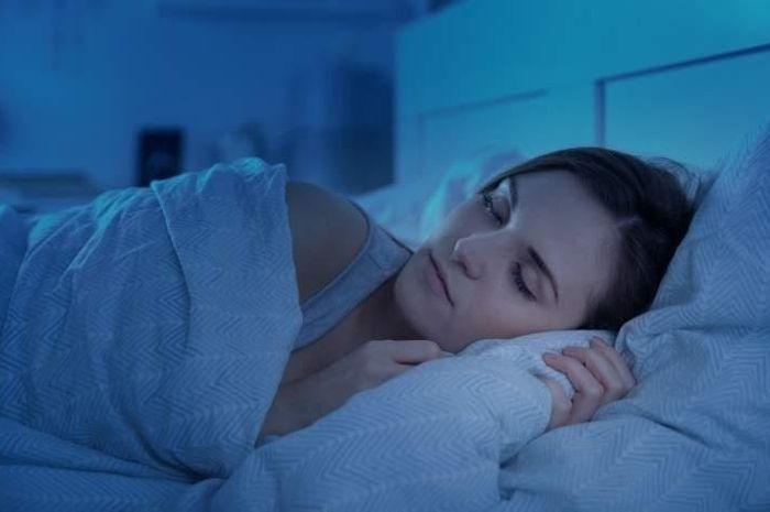 Ilustrasi tidur malam