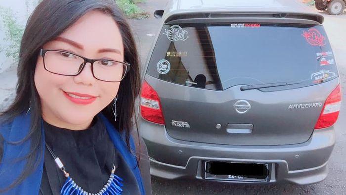 Ingin cepat laku, wanita ini jual mobil beserta dirinya dengan memasang iklan melalui forum jual beli kendaraan di Facebook.