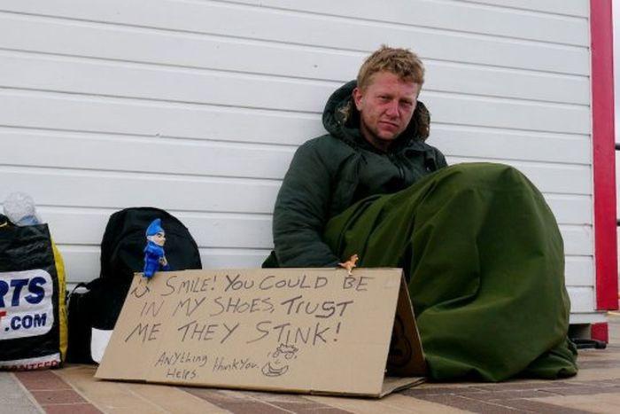 Jon yang pecandu narkoba pernah dipenjara sebelum akhirnya tidur di jalanan.