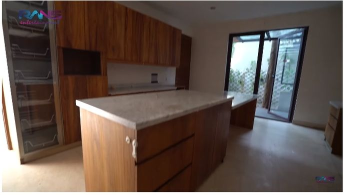 Dapur di rumah baru Raffi Ahmad