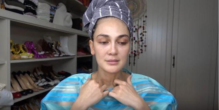 Luna Maya ngvelog tentang tutorial makeup secara alami