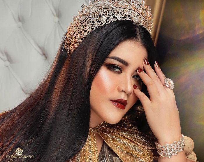 Bak Princess, Tampilan Terbaru Putri Presiden Kahiyang Ayu Jadi Sorotan, Netizen: Mirip Raisa!