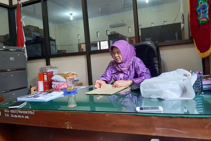 Kepala Dinas Sosial Kabupaten Gunungkidul Siwi Irianti, saat menanggapi surat pernyataan siap dikutuk yang viral.