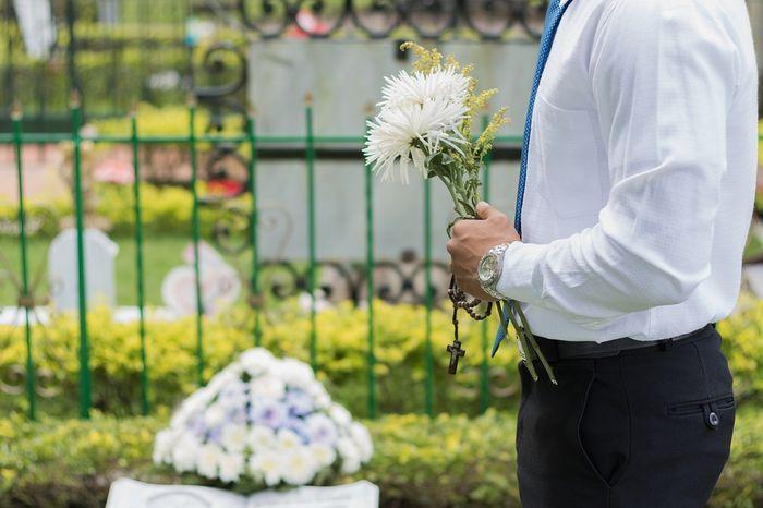 Ilustrasi melihat kematian orang yang dicintai