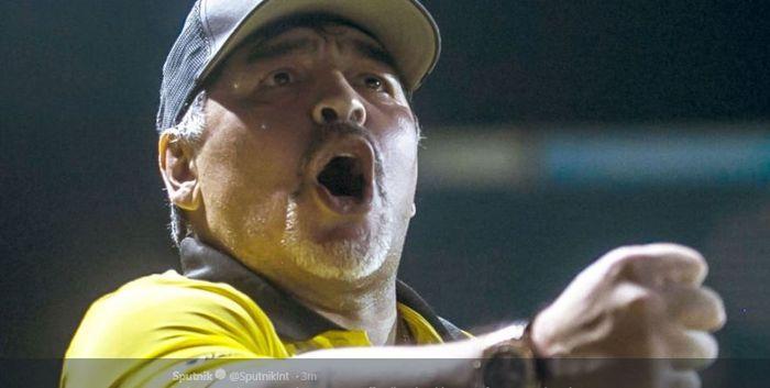 Legenda timnas Argentina dan Napoli, Diego Maradona.