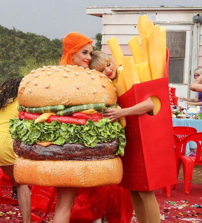 Katty Perry dan Taylor Swift berbaikan