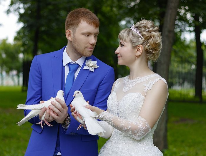 Ilustrasi menikah lagi dengan suami