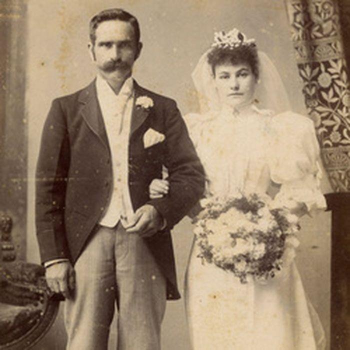 Potret foto pernikahan zaman dahulu