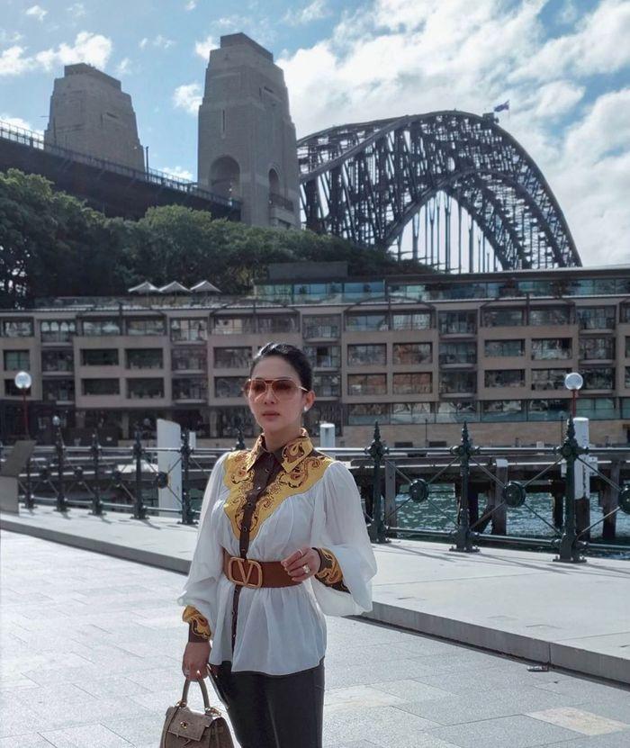 Tampilan Syahrini di Sydney, Australia