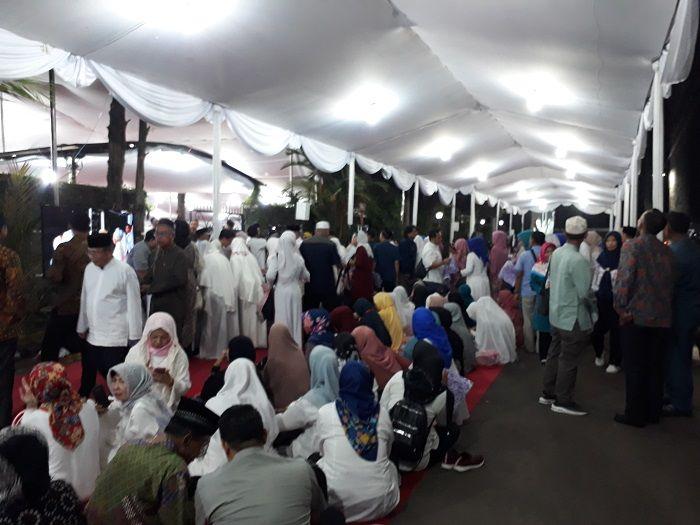 Suasana doa bersama mengenang 40 Hari Wafatnya Ani Yudhoyono di kediaman Susilo Bambang Yudhoyono, di Puri Cikeas, Jawa Barat.
