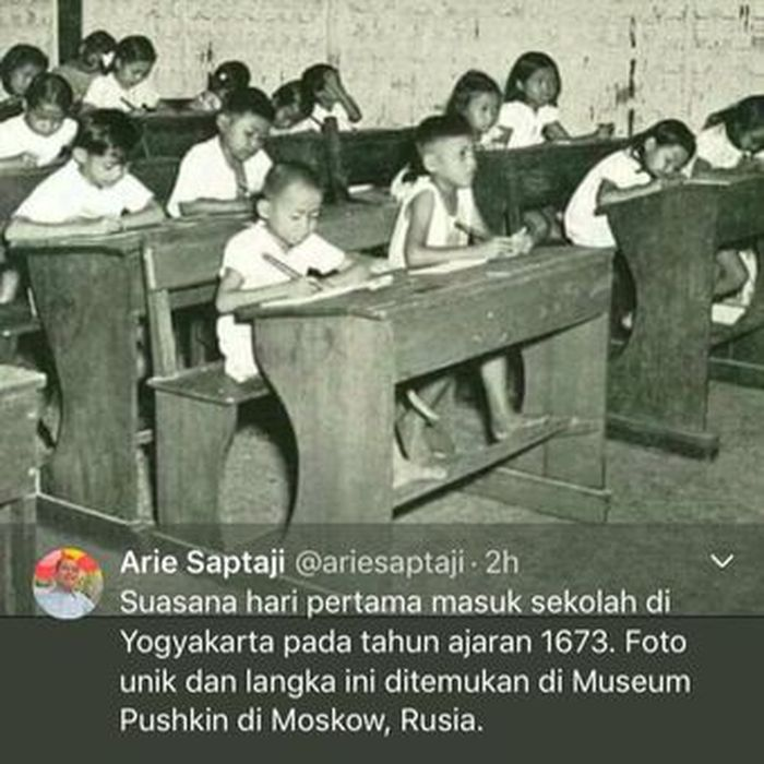 Foto hari pertama masuk sekolah yang menjadi viral di media sosial.