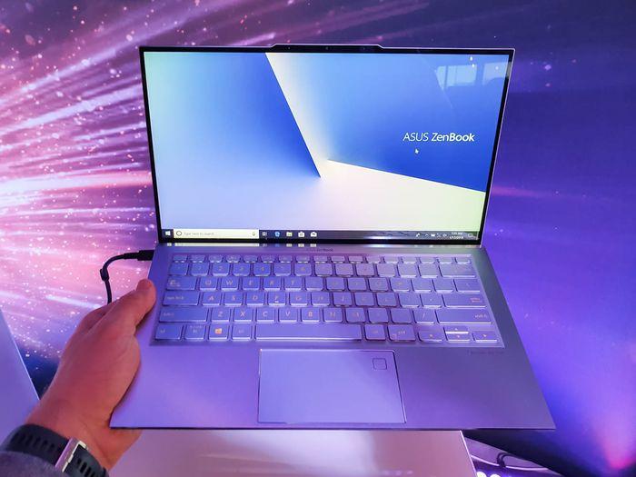 Tips Membeli Laptop Baru untuk Pelajar dengan Banyak