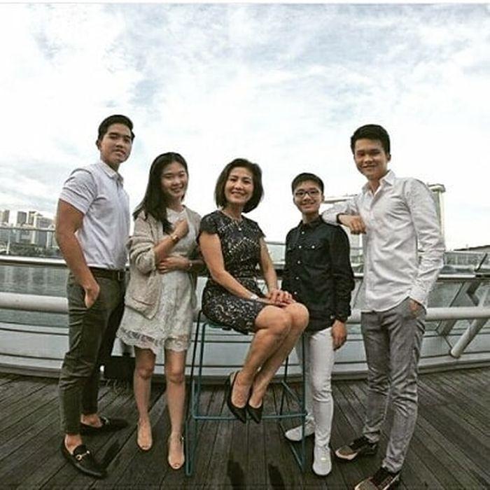 Pesona Ibunda Felicia Tissue, Calon Mertua Kaesang Pangarep