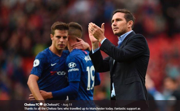 Ekspresi pelatih Chelsea, Frank Lampard, usai timnya ditumbangkan Manchester United pada pekan pertama Liga Inggris 2019-2020.