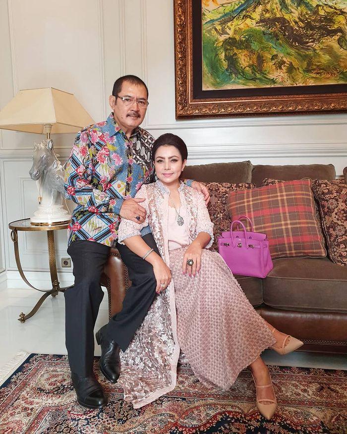 Mayangsari dan <a href='https://pontianak.tribunnews.com/tag/bambang' title='Bambang'>Bambang</a> Trihatmodjo