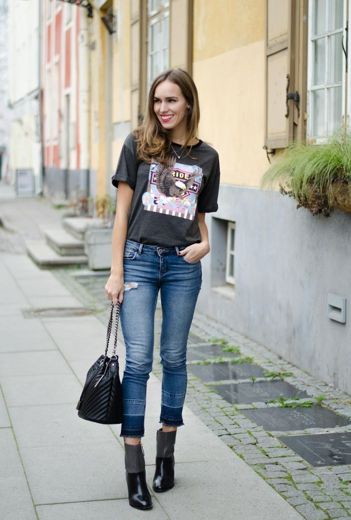 Crop jeans + ankle boots