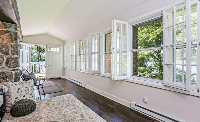 Jendela dan Bukaan Tentu Menjadi Salah Satu Hal yang Wajib Dimiliki