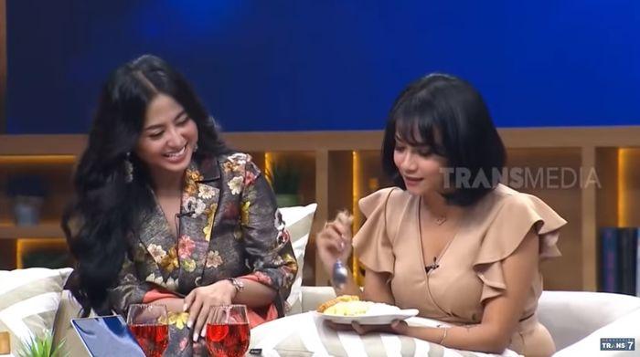 Dewi Perssik dan Vanessa Angel kenang nasi cadong.