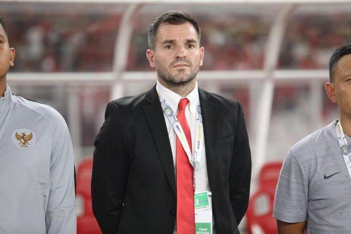Pelatih Timnas Indonesia, Simon McMenemy