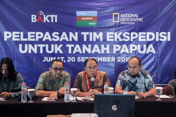 Acara Pelepasan Tim Ekspedisi untuk Tanah Papua yang diselenggarakan di Hotel Santika BSD, pada Jumat (20/9).