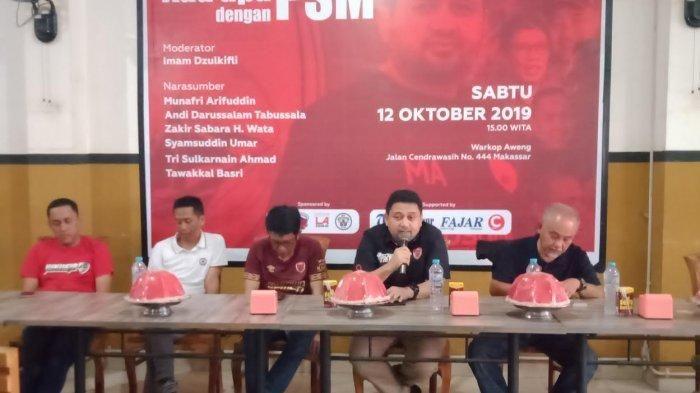 CEO PSM Makassar, Munafri Arifuddin (kedua dari kanan), saat menjadi salah satu pembicara dalam diskusi publik 'Ada Apa dengan PSM' di Kota Makassar pada Sabtu (12/10/2019).