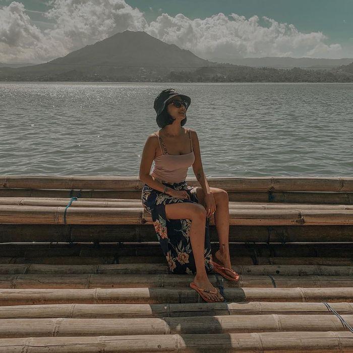 Vanessa Angel sering percaya diri tampil seksi