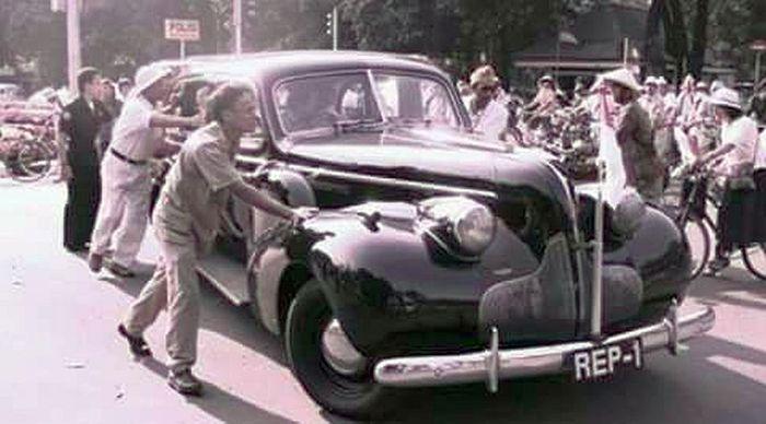 Mobil kepresidenan yang pertama
