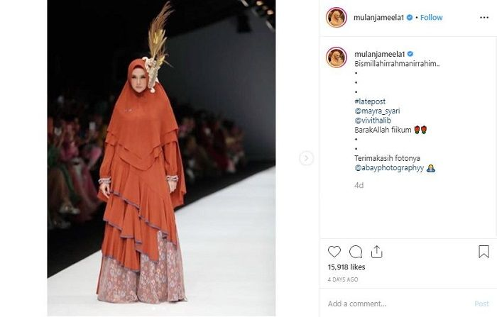 Mulan Jameela mengisi acara Jakarta Fashion Week 2020