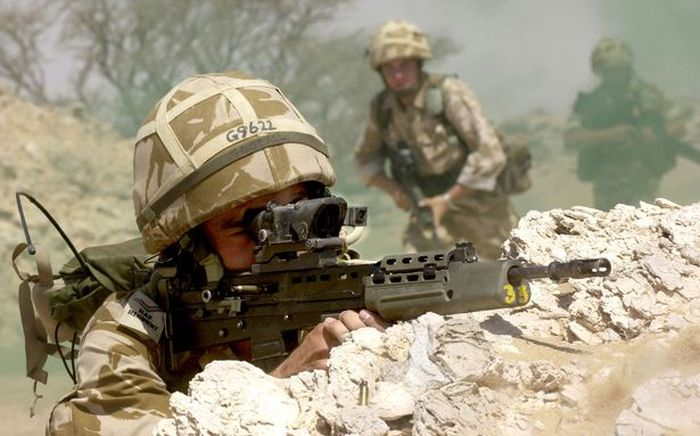 Pasukan SAS yang mengambil kelas balet