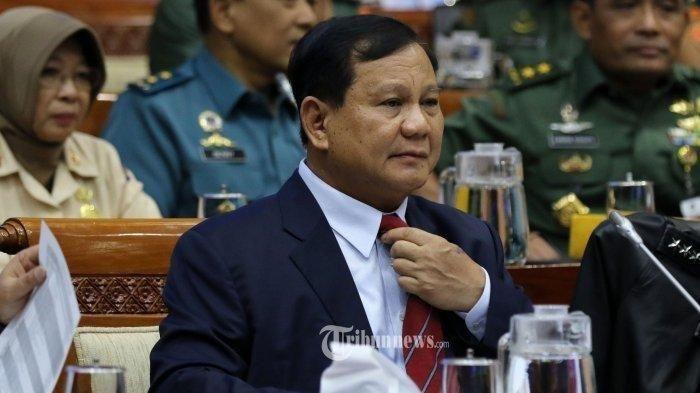 TRIBUNNEWS/IRWAN RISMAWAN Prabowo Subianto saat hadiri rapat perdana dengan Komis I DPR RI