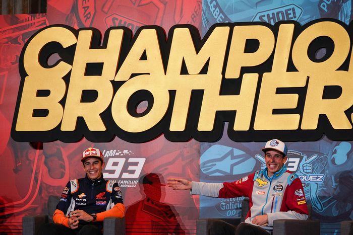 Marc Marquez (kiri) dan Alex Marquez (kanan)