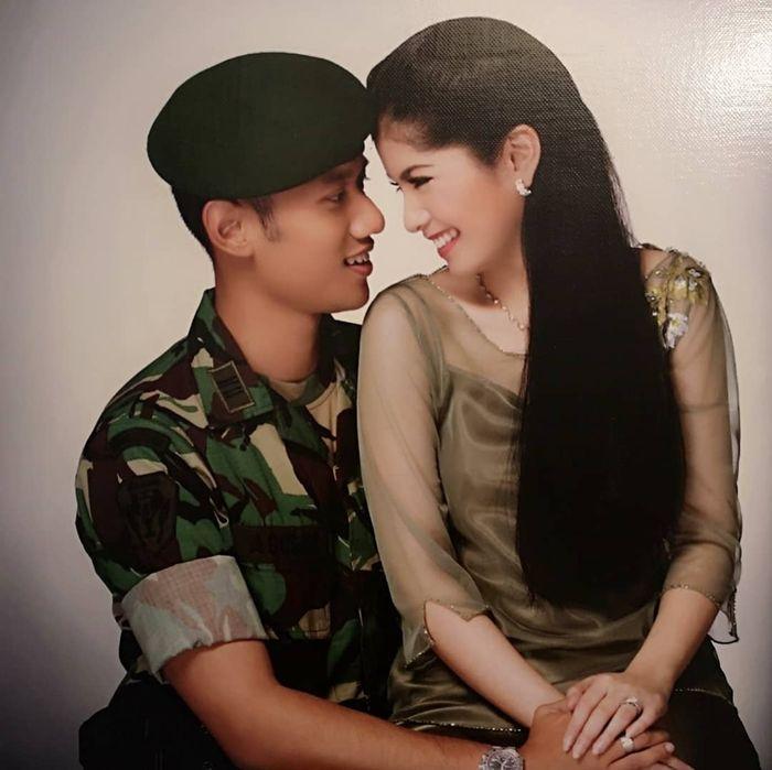 Penampilan Annisa Pohan pada foto jadulnya yang diunggah oleh sang suami, Agus Harimurti Yudhoyono