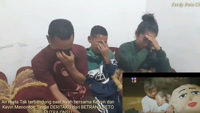 Keluarga Betrand Peto nangis saat melihat video klip terbarunya