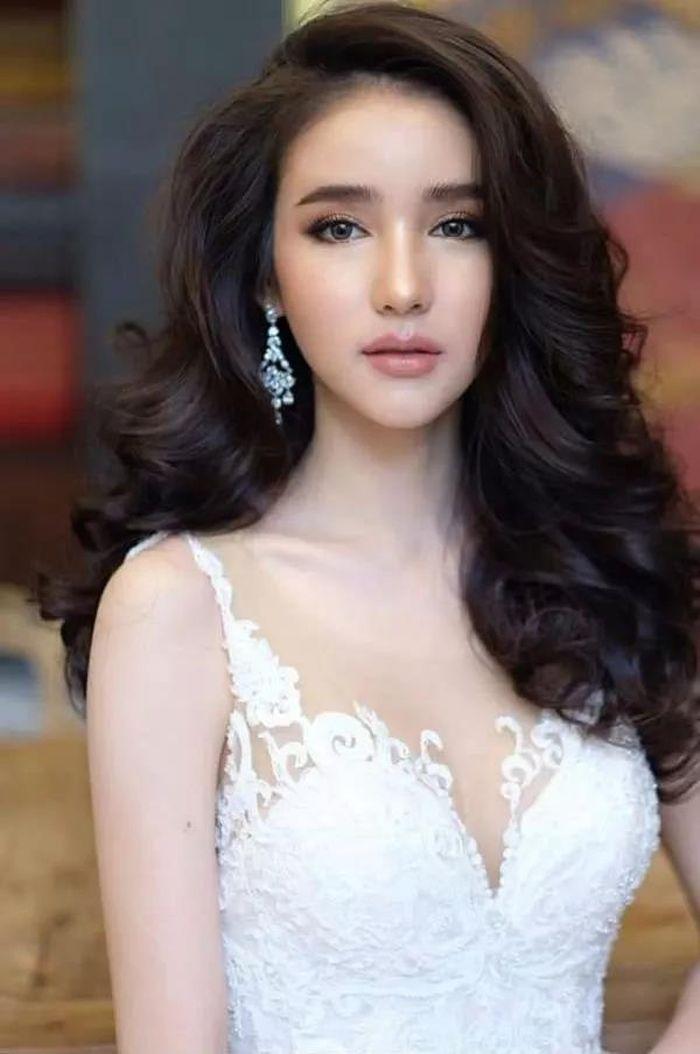 Penampilannya di kontes kecantikan.