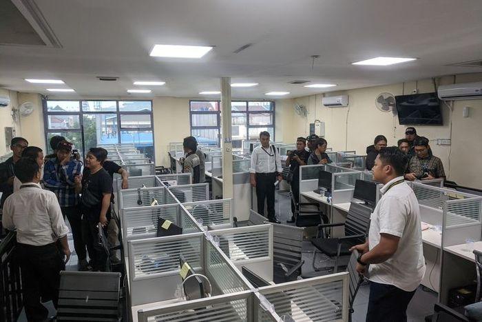 Aplikasi Pinjaman Online Di Pluit Digerebek Polisi Punya Ratusan