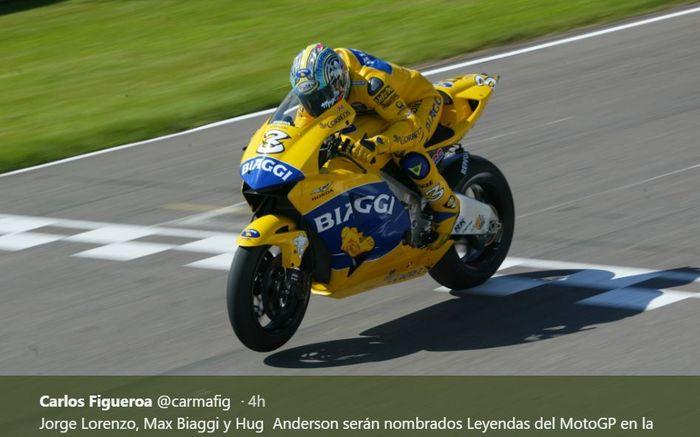 Pembalap MotoGP Asal Italia, Max Biaggi saat membela tim Honda Camel Pons