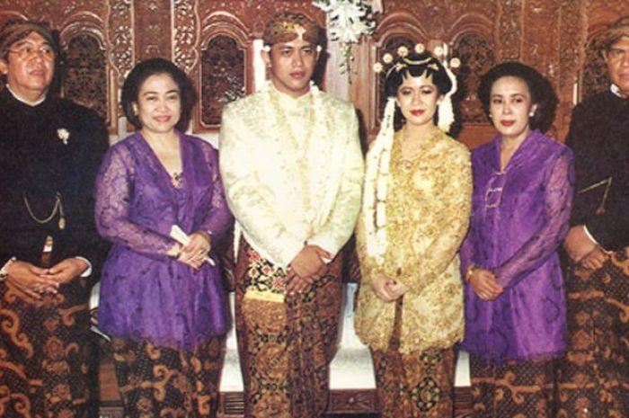 Pernikahan Puan Maharani dengan Happy Hapsoro.