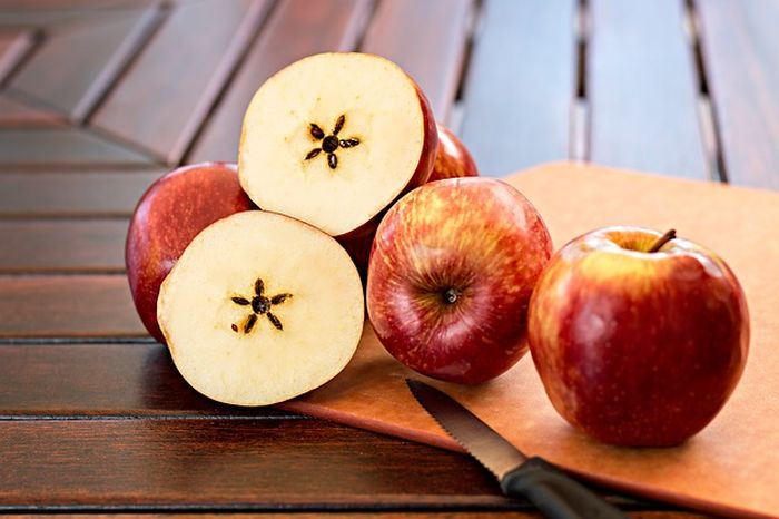 Ilustrasi banyak apel