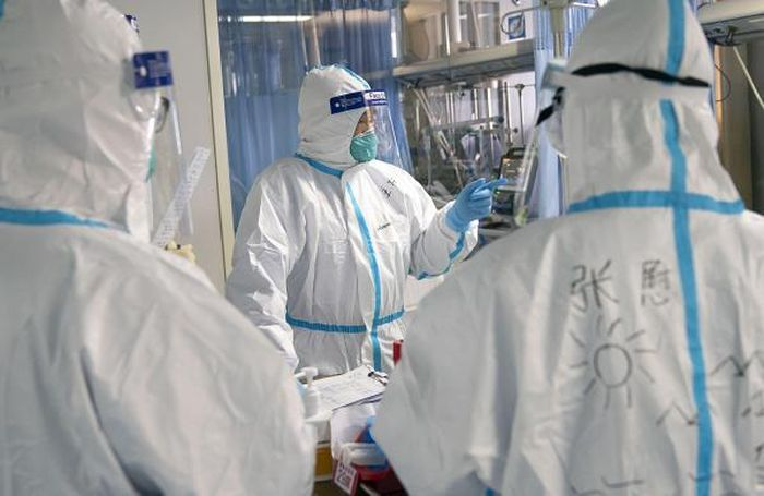 Ilustrasi dokter mencari vaksin <a href='https://pontianak.tribunnews.com/tag/virus' title='virus'>virus</a> corona.