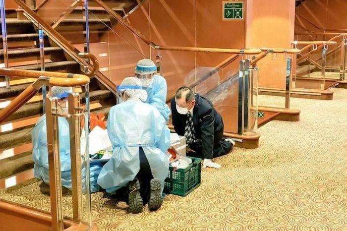 Kondisi di dalam kapal pesiar Diamond Princess yang memiliki banyak penumpang terinfeksi virus corona