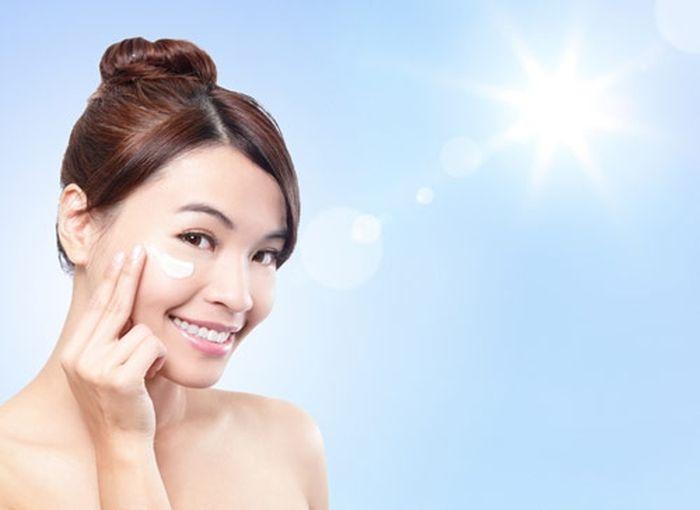 Cara memilih sunscreen dan sunblock dengan tingkat SPF yang tepat.