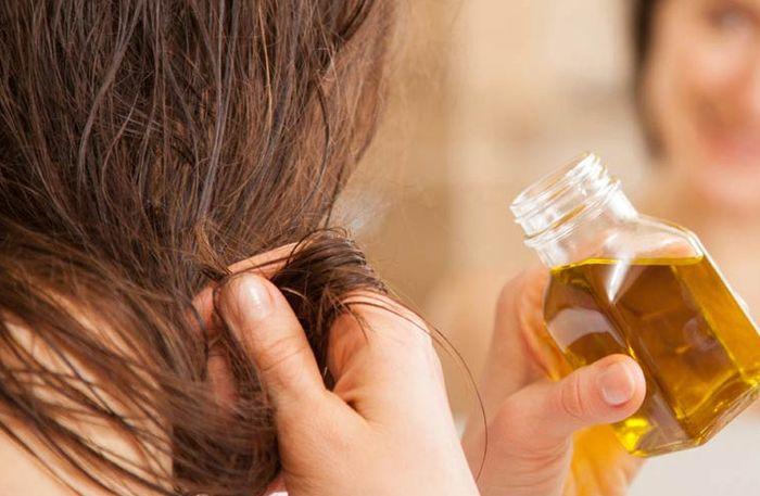 5 Langkah Haircare Routine Gampang Biar Rambut Lurus Berkilau Semua Halaman Cewekbanget