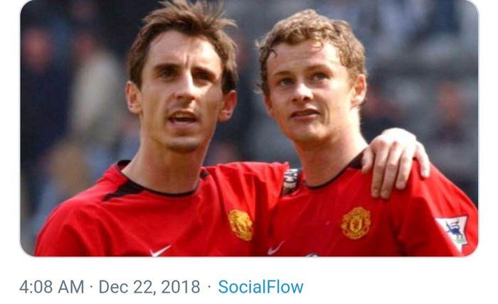 Dua legenda Manchester United, Gary Neville dan Ole Gunnar Solskjaer.