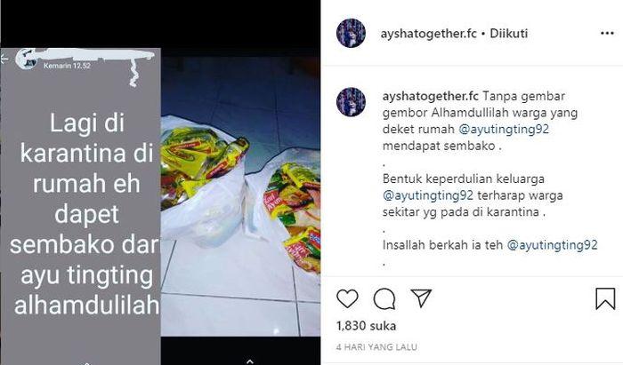updatean status menyebut jika dirinya mendapat sembako dari Ayu Ting Ting.