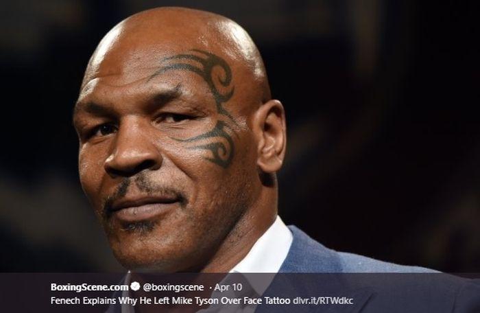 Petinju legendaris asal Amerika Serikat, Mike Tyson terlihat garang dengan tato di wajahnya.