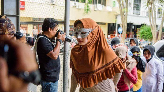 ILustrasi mamah muda yang terlibat <a href='https://kupang.tribunnews.com/tag/prostitusi-online' title='prostitusionline'>prostitusionline</a> di Aceh
