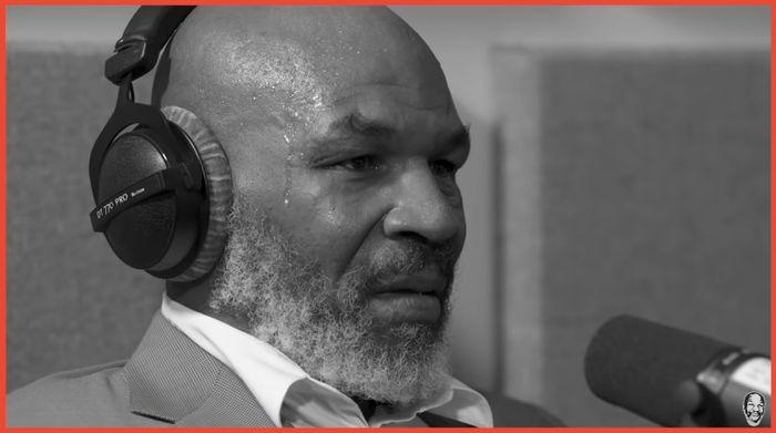 Mike Tyson menangis ketika mengaku rindu dengan masa kejayaannya di dunia tinju.